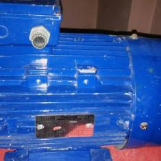 Motor trifazic 2.2 kw