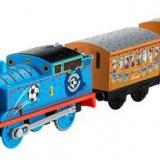 Jucarie Thomas & Friends Trackmaster Motorized Railway Red Vs. Blue Thomas Train
