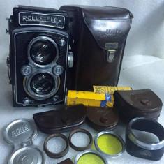 Vand ROLLEIFLEX automatic cu accesorii - Aparat Foto cu Film Rollei