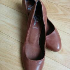 Pantofi din piele firma Bata marimea 38, sunt noi!! - Pantof dama Bata, Culoare: Maro, Piele naturala, Cu talpa joasa
