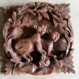 SCULPTURA IN LEMN -BASORELIEF -ANIMALE EXOTICE- REALIZARE REMARCABILA- SEMNATA