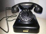Telefon vechi,vintage,francez,din ebonita,cu disc