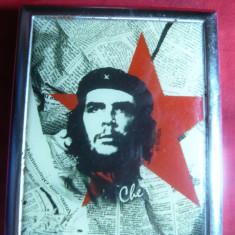 Tabachera cu Litografie militanta Che Guevarra, dim.7, 6 x 9, 1 cm - Tabachera veche