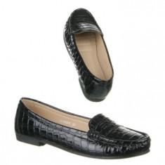 Mocasini dama, aspect piele crocodil.Marimea 37, culoare neagra, Culoare: Negru