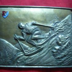 Placheta - Concurs SKI in Moldova metal argintat , 13,5x10,5 cm Emblema Cap Bour