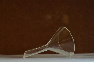 Sticlarie laborator, palnie sticla - 9cm foto