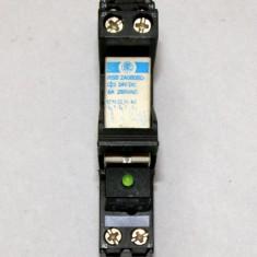 Releu intermediar RSB2A080BD 24 Vdc 2 contacte no/nc 8A 250 V(484)