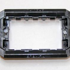 Suport montaj aparataj Gewiss Playbus 3 locuri pe doza de 3 (436)