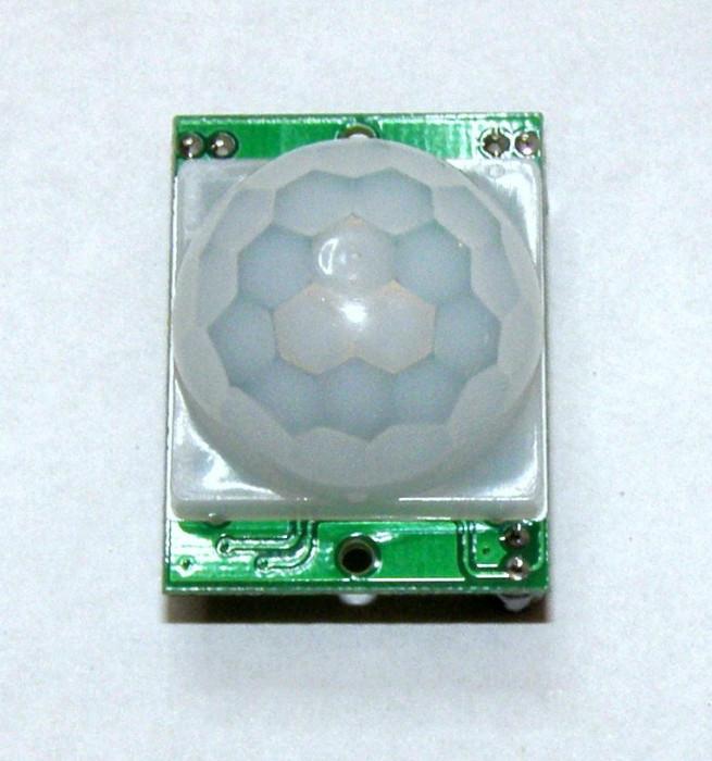 Senzor infrarosu / HC-SR501 / Detector de miscare / Modul PIR pt Arduino(161)