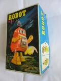 RAR! ROBOTEL CHINEZESC CU CHEITA INCORPORATA,IN CUTIA ORIGINALA DIN ANII 80