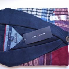 Bluza, Pulover barbati Tommy Hilfiger, nou, Original, PROMOTIE SARBATORI, Marime: M, Culoare: Din imagine