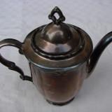 Frumos ceainic din portelan argintat, anii 1910, Decorative