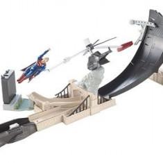 Jucarie Hot Wheels Batman V Superman Dawn Of Justice Track Set - Masinuta Mattel