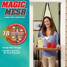 Set 2 perdele anti insecte cu inchidere magnetica