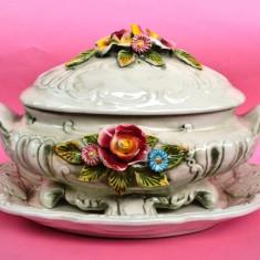 VAS CU PLATOU SI CAPAC, MODEL FLORAl, ITALIA - Arta Ceramica