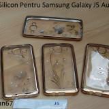 Husa Silicon Pentru Samsung Galaxy J5 Auriu cu pietre - Husa Telefon