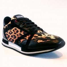 Sneakers MOSCHINO model 56101 marimea 42 - Adidasi barbati Moschino, Culoare: Din imagine