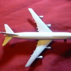 Avion Boeing 747 -miniatura firma Scabak Germania, L= 11, 6 cm - Macheta Aeromodel