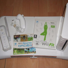 Set Wii modat +placa fitness board+16Gb wii fit plus, jocuri fitness - Nintendo Wii