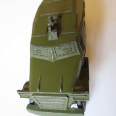 MACHETA MASINUTA MILITARA METALICA BLINDATA RUSEASCA DIN ANII 80 - Macheta auto, 1:50