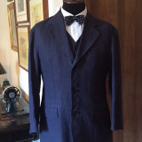 Costum nou din in, barbati, mas. 46 (3 piese) Italia - Costum barbati, Culoare: Bleumarin, 3 nasturi
