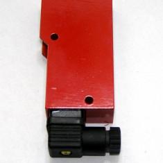 Senzor fotoelectric difuz Leuze FRK 92/4-300 S(0990)