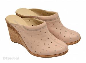 Saboti dama piele naturala Bej cu perforatii cod SB12 - Made in Romania