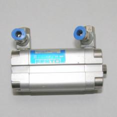 Cilindru pneumatic ADVU-16-25-PA(1041)