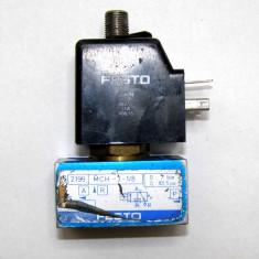 Valva pneumatica Festo MCH-3-1/8 cu solenoid actionat 24Vdc(1052)