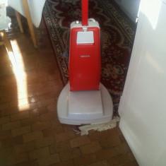 "Masina de lustruit parchet ""Predom Zelmer"""