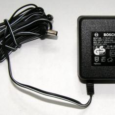 Alimentator Bosch 220 vac - 9 Vdc 300mA(1144)