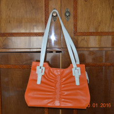Geanta de dama din piele sintetica - Geanta Dama, Culoare: Orange, Marime: Medie, Geanta de umar, Asemanator piele