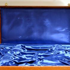 Cutie veche pentru pastrare tacamuri - 6 persoane