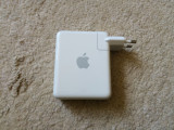 Router Apple model A1088 Airport Express Base Station 802.11b/g Wi-Fi, Port USB, 1