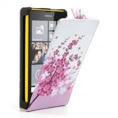 Husa flip alb+roz (flori) (MLC) pentru telefon Nokia Lumia 520 / 525 - Husa Telefon