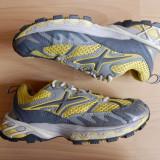 Adidasi The North Face X2 Tenacious; marime 36 (22 cm talpic); impecabili