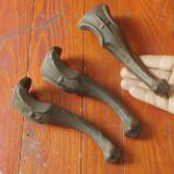 Lot 3 bucati - Vechi picioare din fonta model deosebit !!! - Metal/Fonta