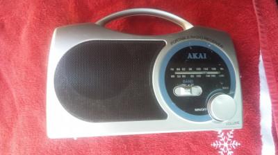 RADIO   AKAI ELE10321 ,CU PROBLEME DE FUNCTIONARE ! foto