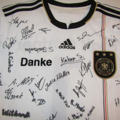 Tricou ADIDAS-fotbal - Nationala Germaniei (autografele nu sunt de la jucatori) - Tricou echipa fotbal, Marime: L, Culoare: Din imagine, De club, Maneca scurta