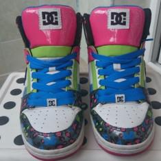 DC Shoes marime 38, 5/ 24.5 cm - Adidasi dama Dc Shoes, Culoare: Alb, Marime: 28