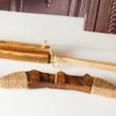 Arc Lemn Lucrat Manual Sfoara 65 cm lungime tolba 3 sageti