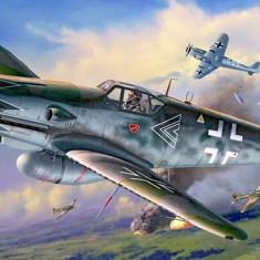 Messerschmitt Bf109 G-10 Erla Bubi Hartmann - Macheta Aeromodel Revell