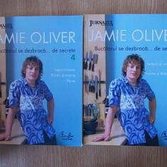 JAMIE OLIVER- BUCATARUL SE DEZBRACA DE SECRETE- VOL I SI IV - Carte Retete culinare internationale
