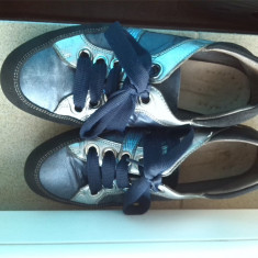 Adidasi  / pantofi sport piele naturala marime 37, Albastru