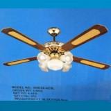 Lustra cu ventilator si 5 becuri - Corp de iluminat, Lustre