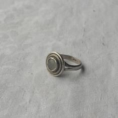 Inel argint cu piatra lunii Finut vechi model Oriental executat manual de Efect