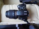 DSLR Nikon D5100 +obiectiv 18-55  la cutie ,13500 cadre