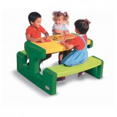 Masa de picnic pentru 6 copii -466A Little Tikes