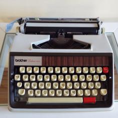 Masina de scris BROTHER DELUXE