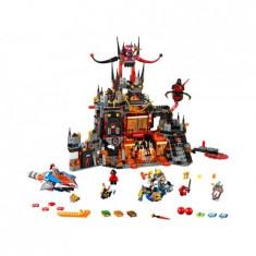 Lego - Nexo Knights - Adapostul Malefic Al Lui Jestro - 70323